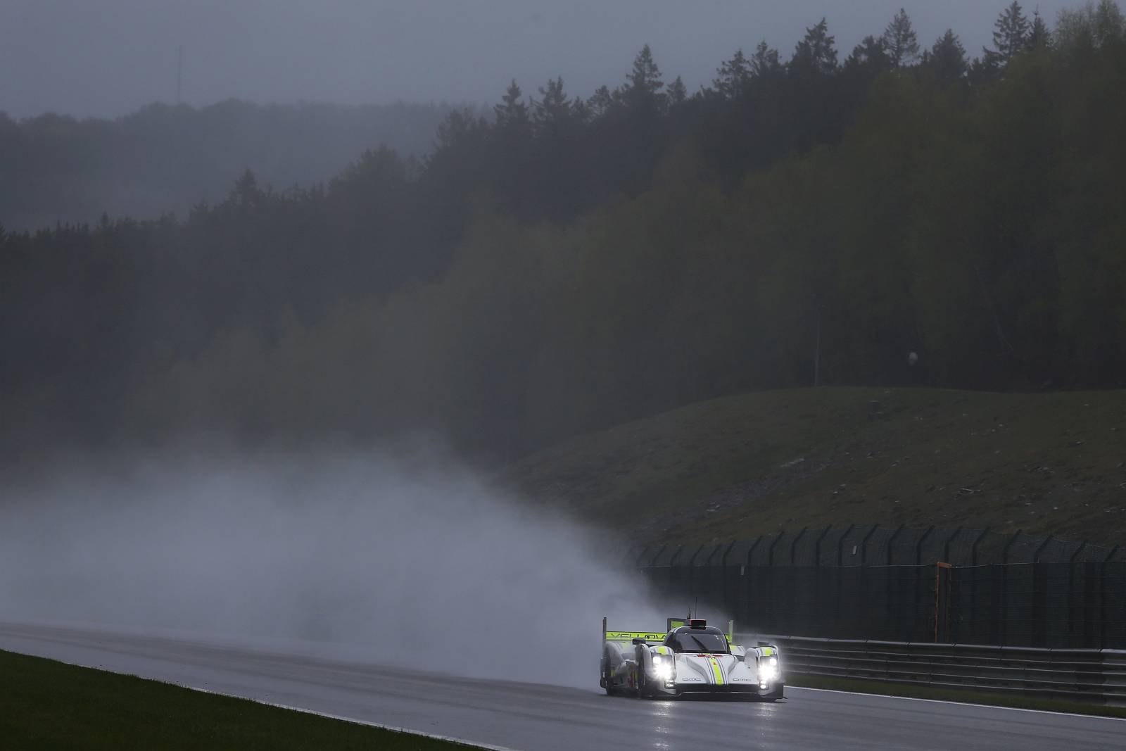 byKOLLES-racing-WEC-spa-2015-001