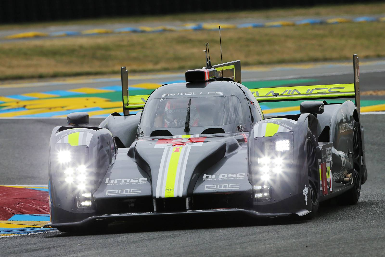 byKOLLES-racing-WEC-le-mans-2015-006