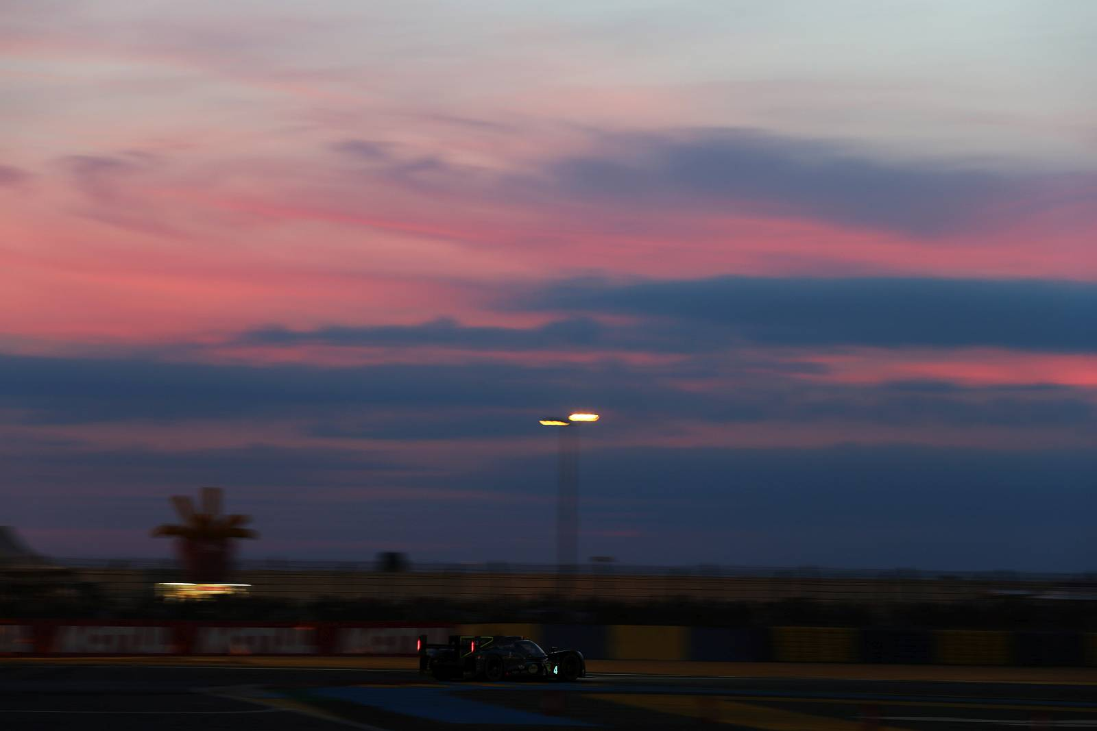 byKOLLES-racing-WEC-le-mans-2015-045