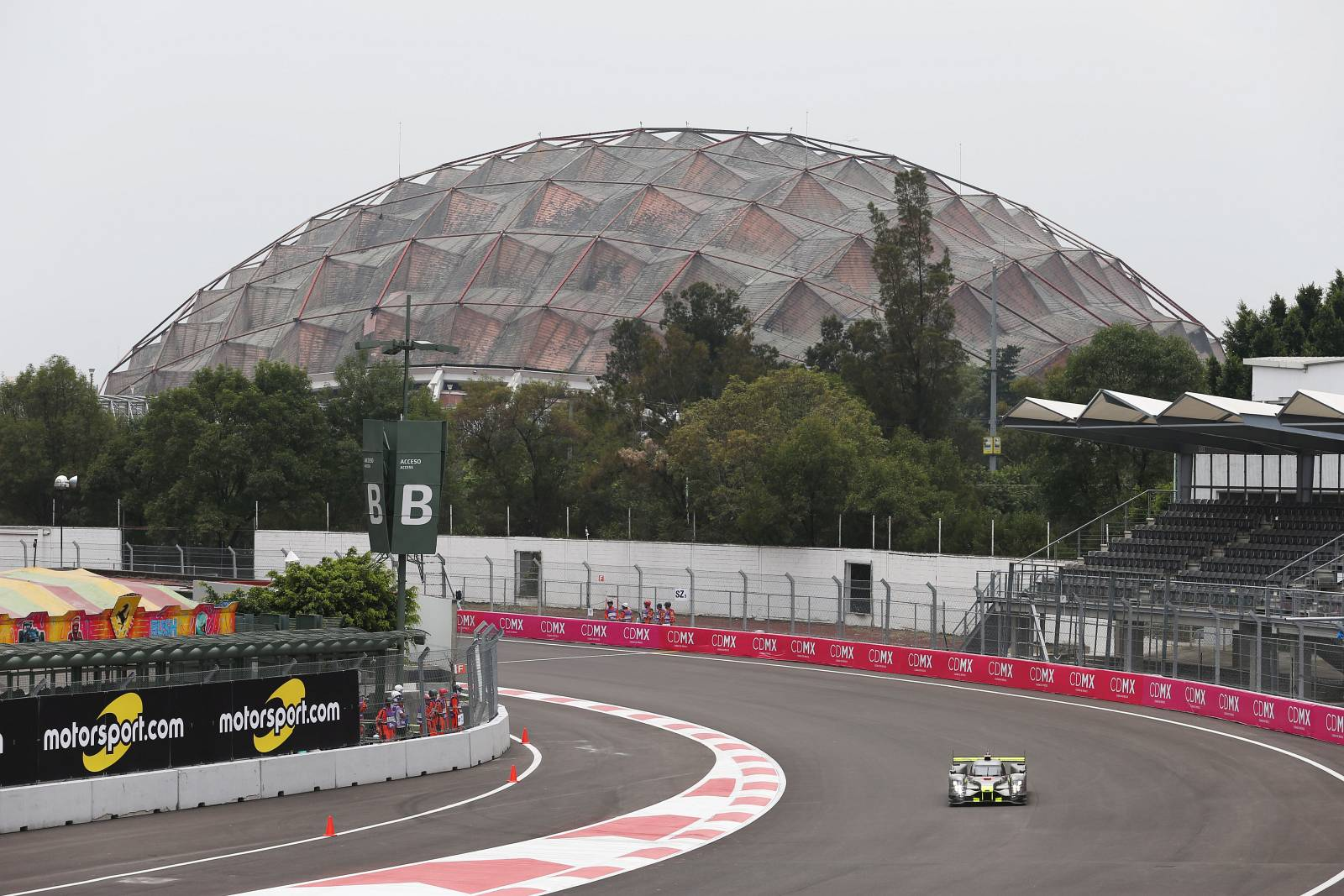 byKOLLES-racing-WEC-mexico-2016-13